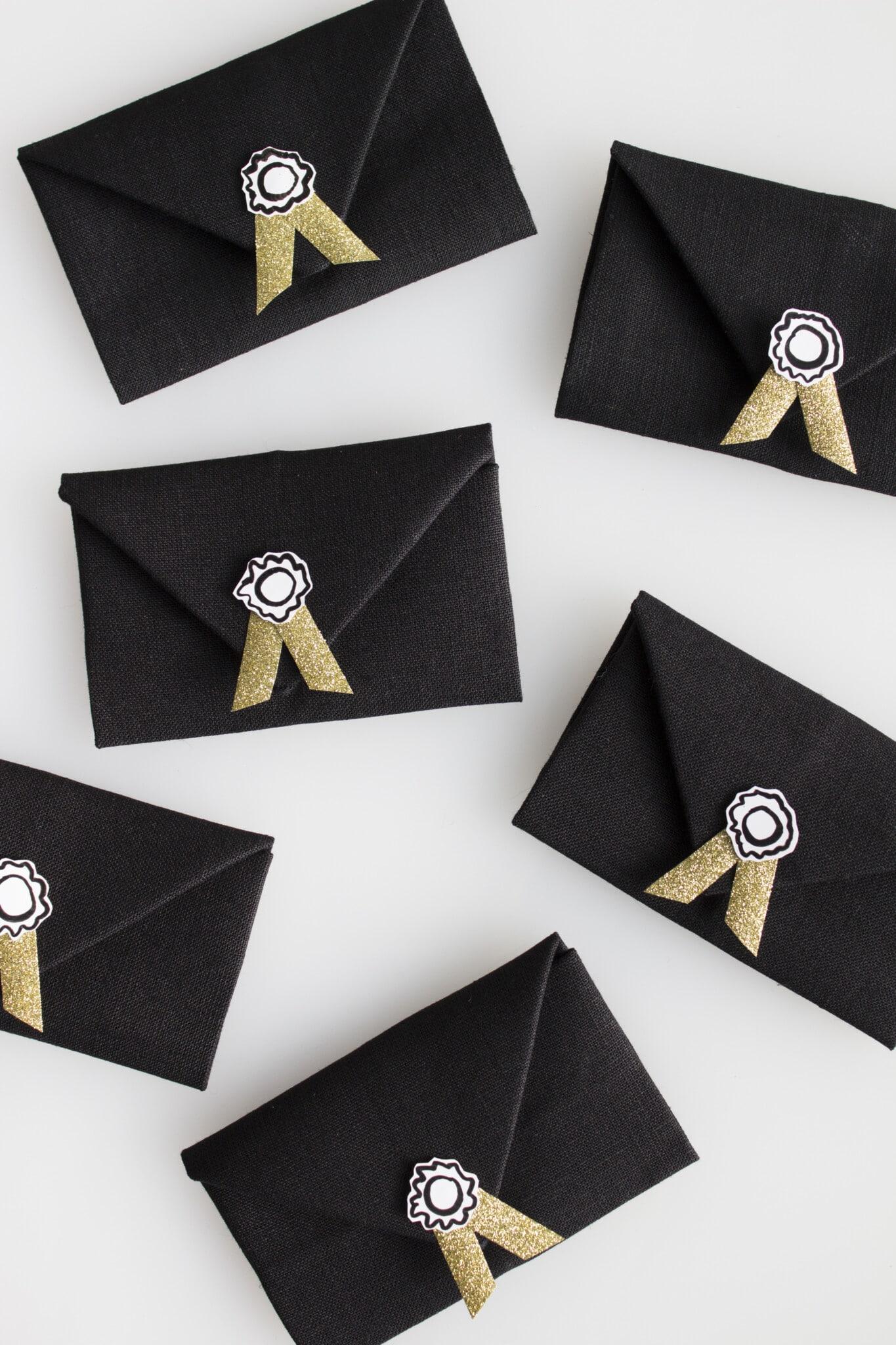 Envelope napkins make great Oscar party ideas