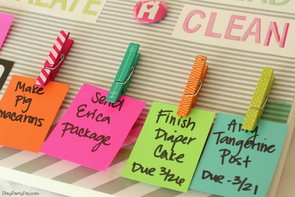 Easy DIY To-Do Board using #AmyTangerine paper craft collection from playpartyplan.com #crafts #DIY