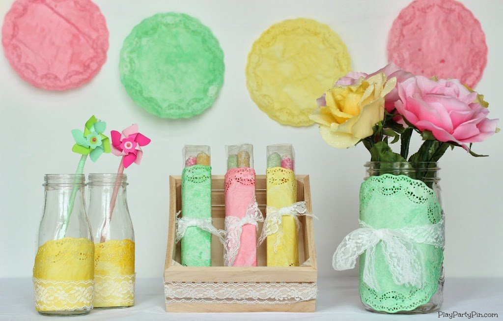 Simple diy spring baby shower decorations play party plan for Baby shower decoration ideas homemade