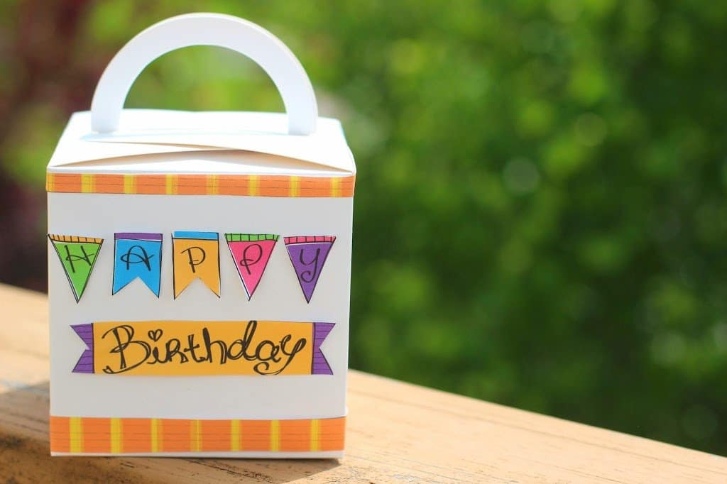 cute birthday gift wrap ideas from