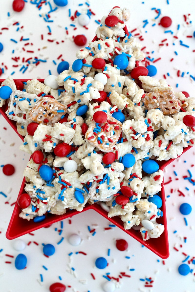 red white and blue treat mix
