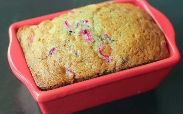 Cranberry Orange Bread Recipe with Free Printable Gift Tags