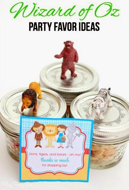 Wizard of Oz party favor ideas - lions, tigers, and bears - from playpartyplan.com