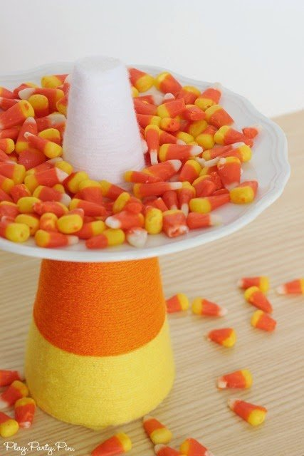 Easy Candy Corn Treat Plate from playpartyplan.com, literally takes less than 15 minutes to make