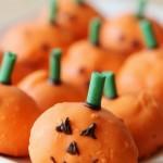 Cream-puff-pumpkins-vertical-2