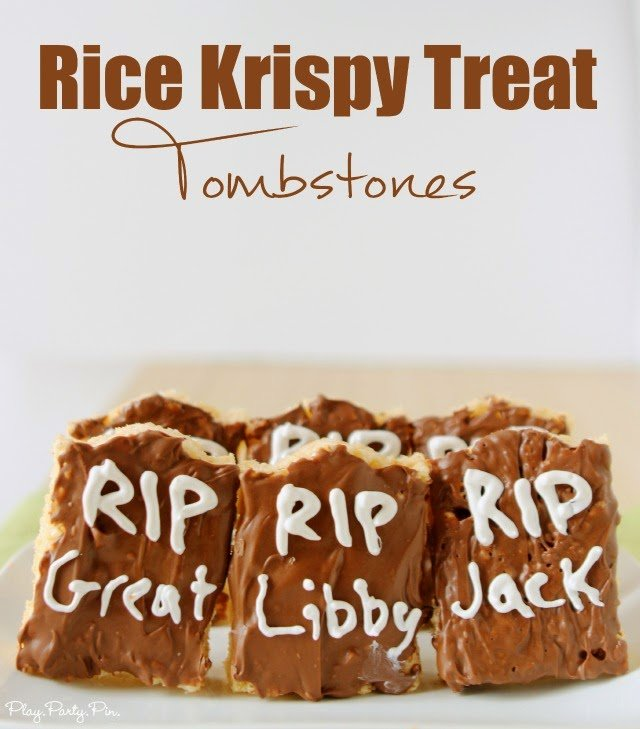 Rice krispy treat tombstones, so easy to make and perfect for a Halloween party via playpartypin.com