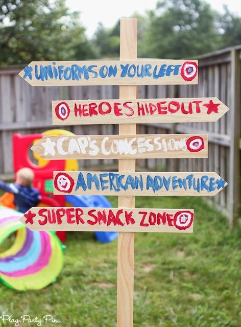 Superhero party sign idea from playpartyplan.com #HeroesEatMMs #shop