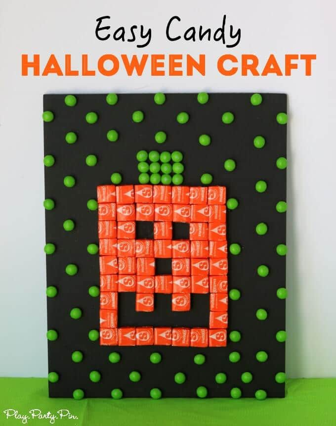 Another way to use Halloween candy other than just eating it, this Halloween pumpkin craft is so easy to make
