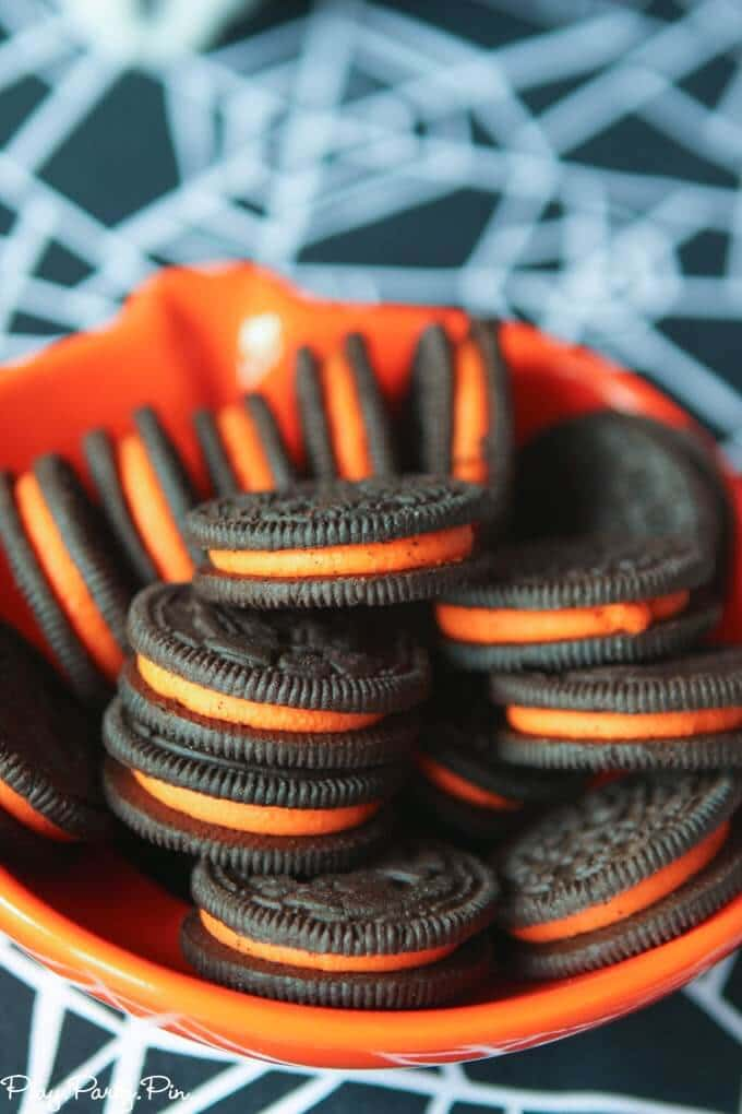 Halloween Snacks and Party Ideas for Toddlers - Play.Party.Plan