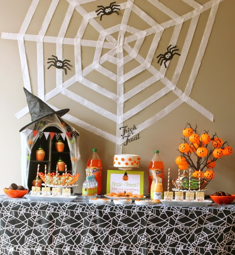 Halloween snacks and party ideas for toddlers play party pin - Deco de table halloween ...