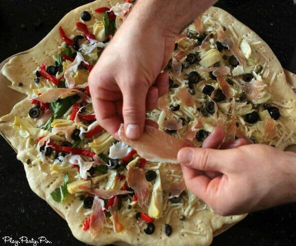 Perfect pizza from playpartyplan.com
