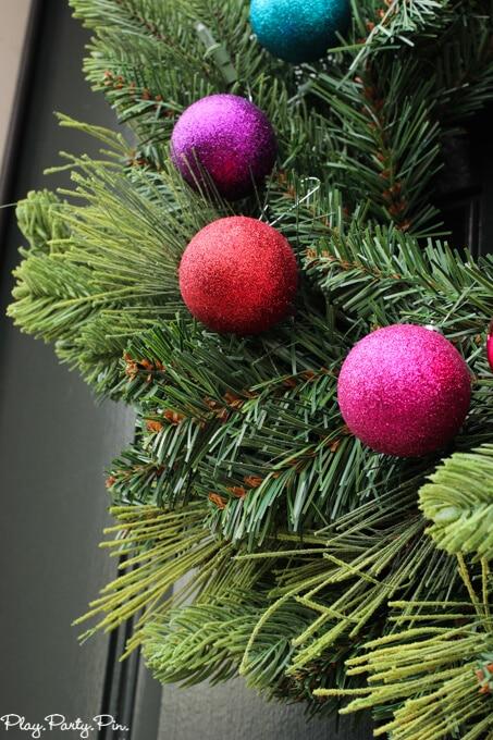 Wreath-close-up (1 of 1)