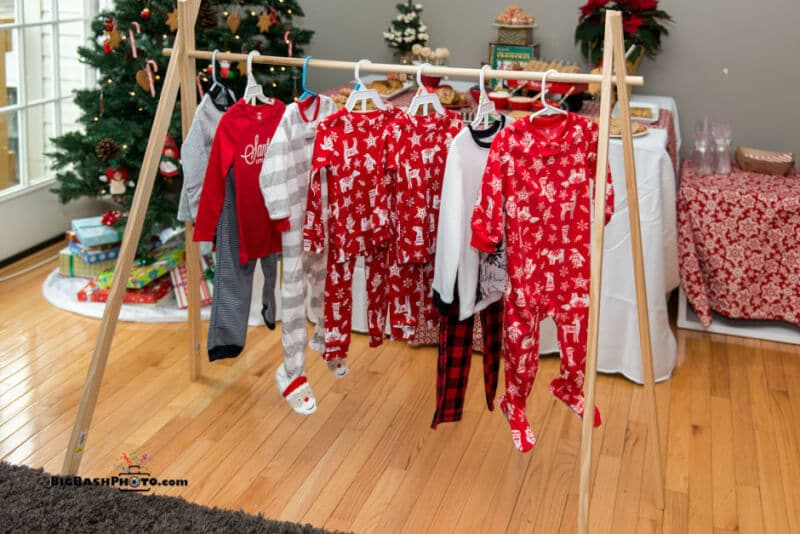 Lds Christmas Party Ideas Part - 50: Love All Of These Cute Christmas Party Ideas Inspired By Christmas Morning,  Especially All Of
