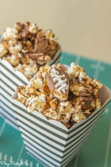 Snickers-popcorn-Pinterest (1 of 1)