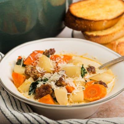 Easy Whole30 Zuppa Toscana Copycat Recipe