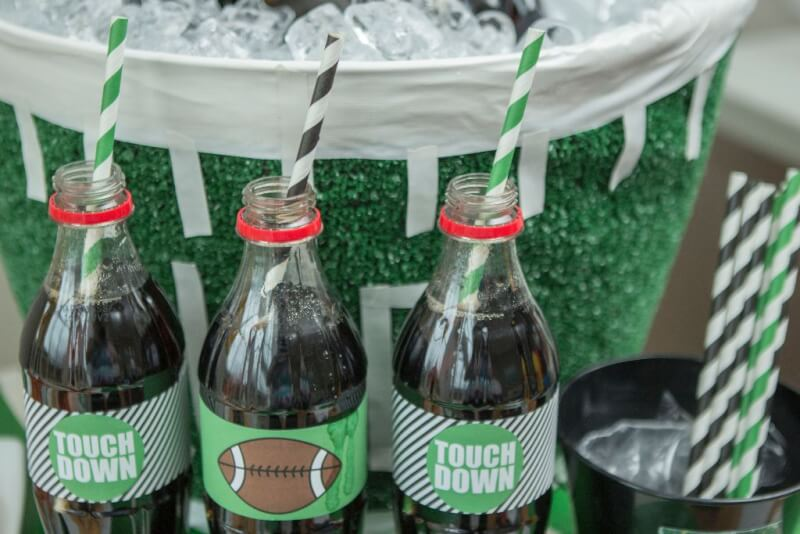 Awesome football party ideas including fun Super Bowl party games, football party food ideas, and more from www.playpartypin.com