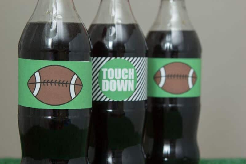 Awesome football party ideas including fun Super Bowl party games, football party food ideas, and more from www.playpartyplan.com