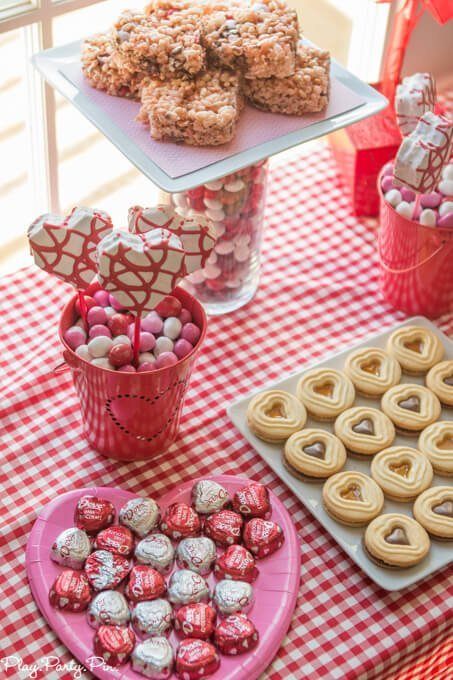 Valentine's Day party ideas using Valentine's Day M&M's