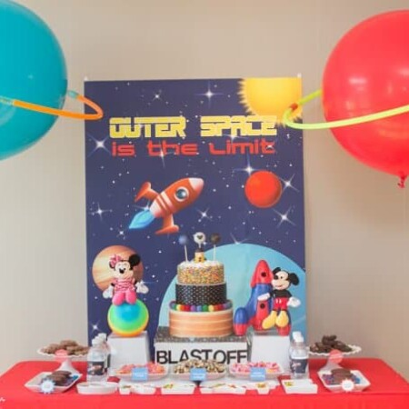 Turn balloons and hula hoops into perfect planets for an outer space party