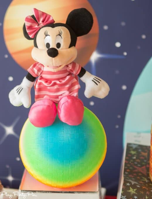 outer-space-party-minnie (1 of 1)