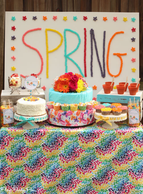 Love this it's a spring thing party with tons of spring dessert ideas, spring party games, and cute spring printables