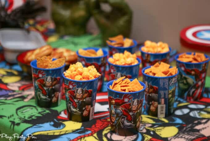 marvels-food-table-cups (1 of 1)