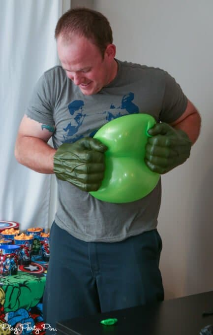 Love all of these Avengers party games and Avengers party ideas!