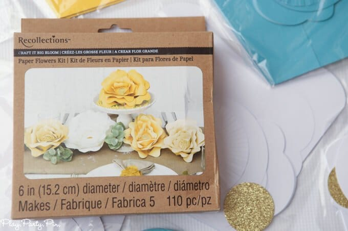 How to Make Big Paper Flowers in Under 5 Minutes