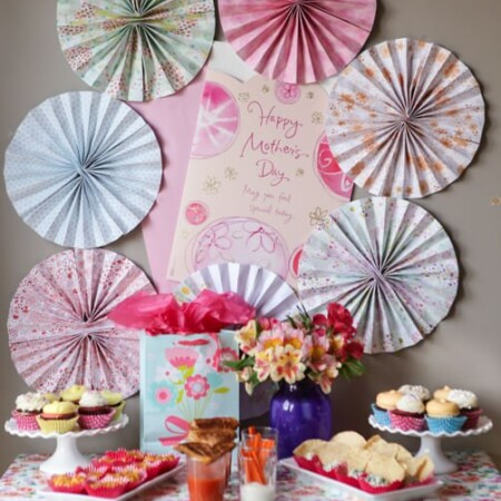 Love these Mother's Day party ideas and especially love the idea of hosting a party to thank your mom friends for being amazing!