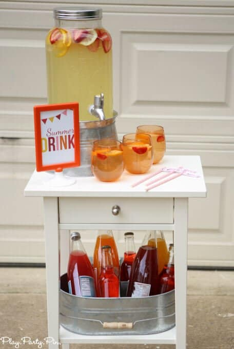Simple summer drink station and other great summer party ideas