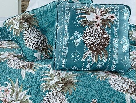 margaritaville-pineapple-decorative-pillow-pair-d-20150626153731437-416835_404