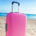 Great beach vacation packing list, seriously has all of the things you need for a beach vacation that you probably would've forgotten!