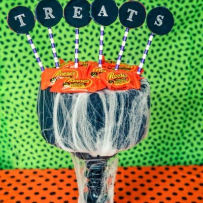 DIY Halloween Treat Stand