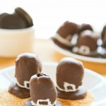 OREO-cookie-balls-pilgrim-hats-7