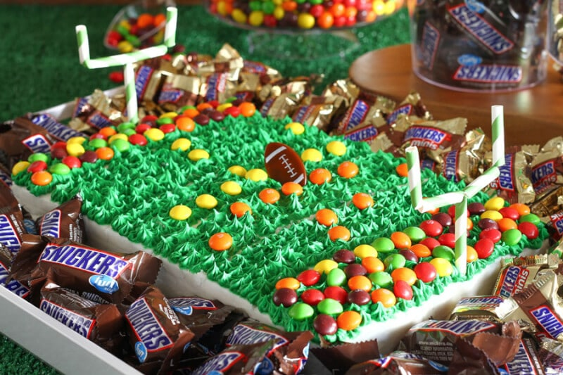 Candy stadium cake that's perfect for football and Super Bowl parties!
