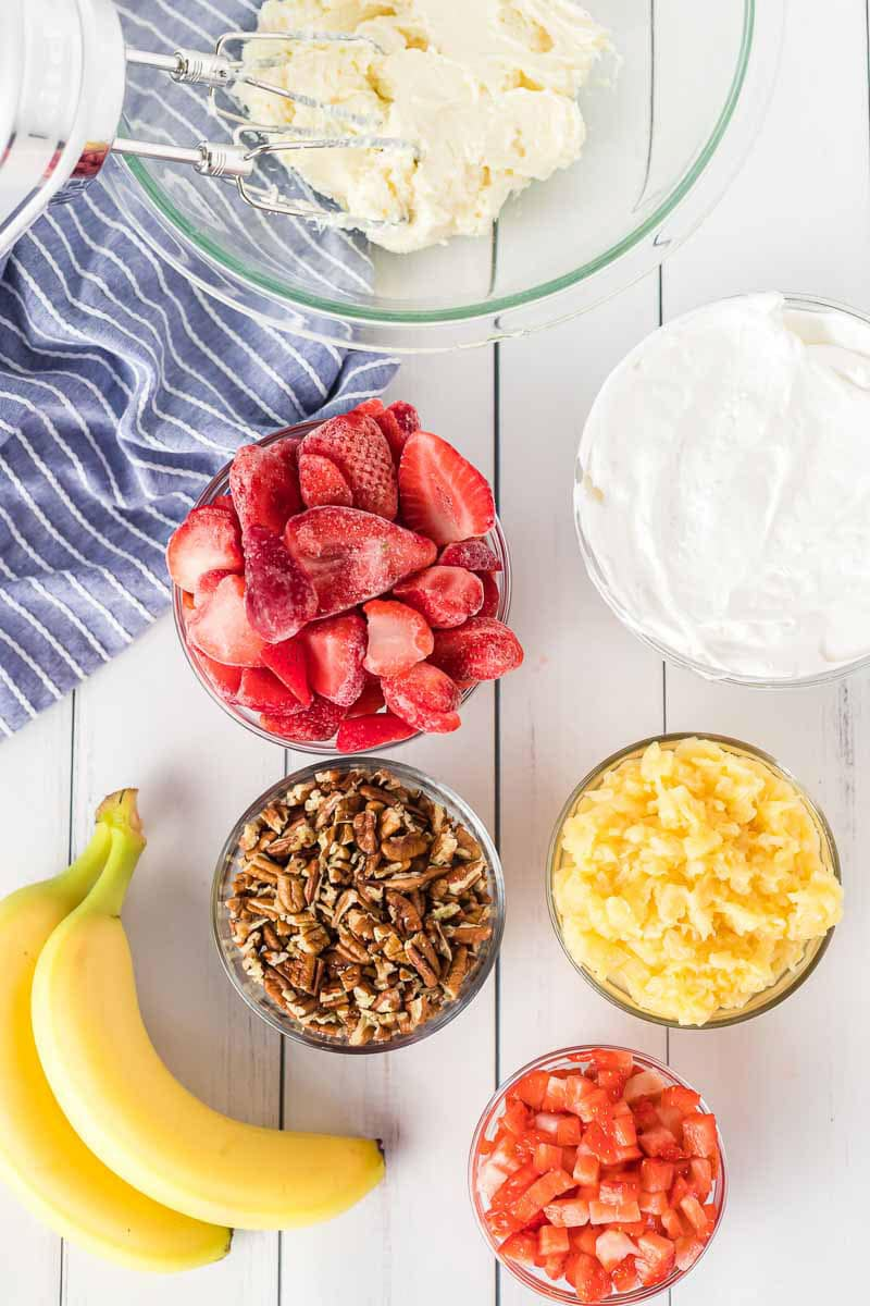 Ingredients for strawberry fluff
