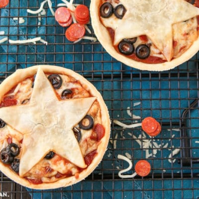 Stars Hollow Mini Pizza Pies