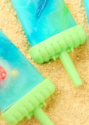 Ocean Blue Lemonade Popsicles