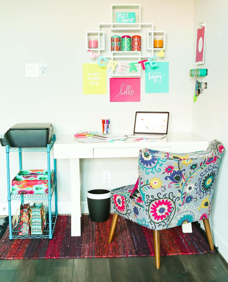 Pop of Color Home Office Ideas - Play.Party.Plan