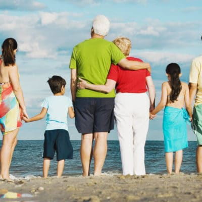 6 Must-Read Tips for Traveling with Extended Family
