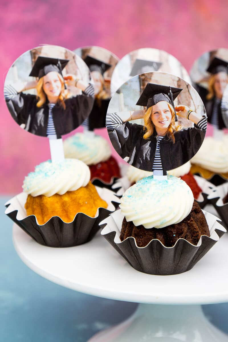 Graduation Theme Ideas: 7 Picture Perfect Graduation Decorations To Celebrate In Style
