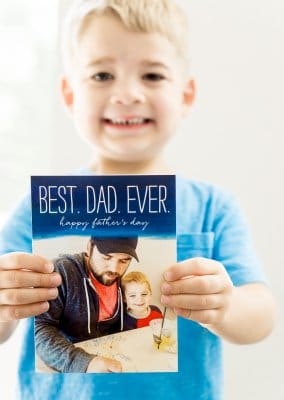 Love all of these awesome personalized Father's Day Gift ideas you can make with Shutterfly on Shutterfly.com! Definitely some of the cutest homemade gifts for Father's Day 2017 I've ever seen. Definitely ordering the cards and DIY puzzle for my dad!