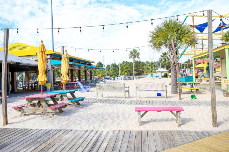 Lulu's Gulf Shores has great food and fun for everyone! One of the most popular Gulf Shores restaurants around.