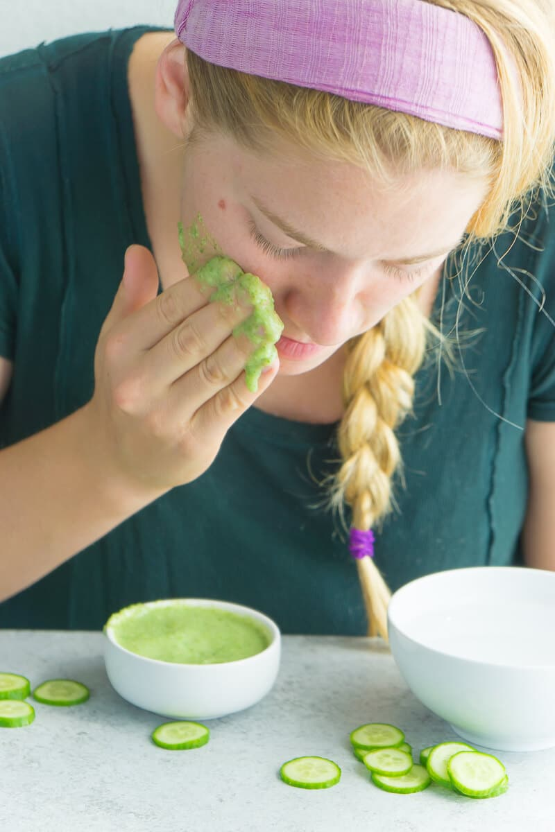 Make this DIY cucumber honey face mask for a quick moisturizing boost.