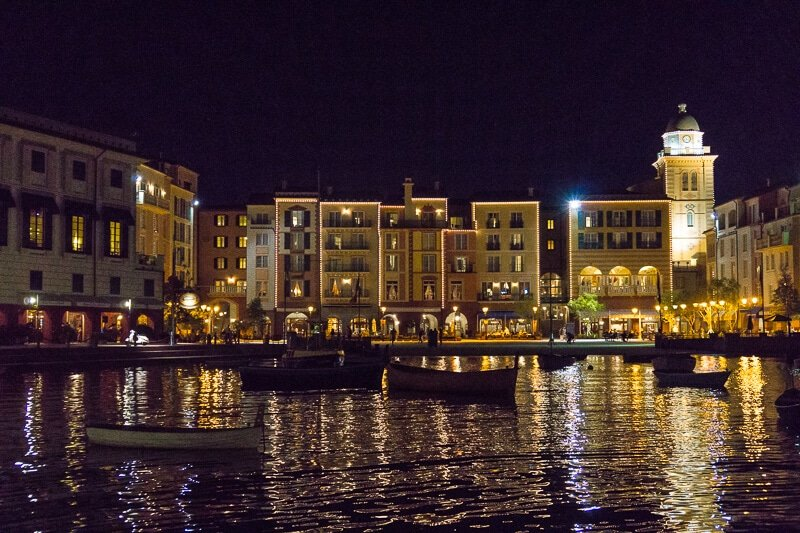 The nightlife is real at Loews Portofino Bay Hotel