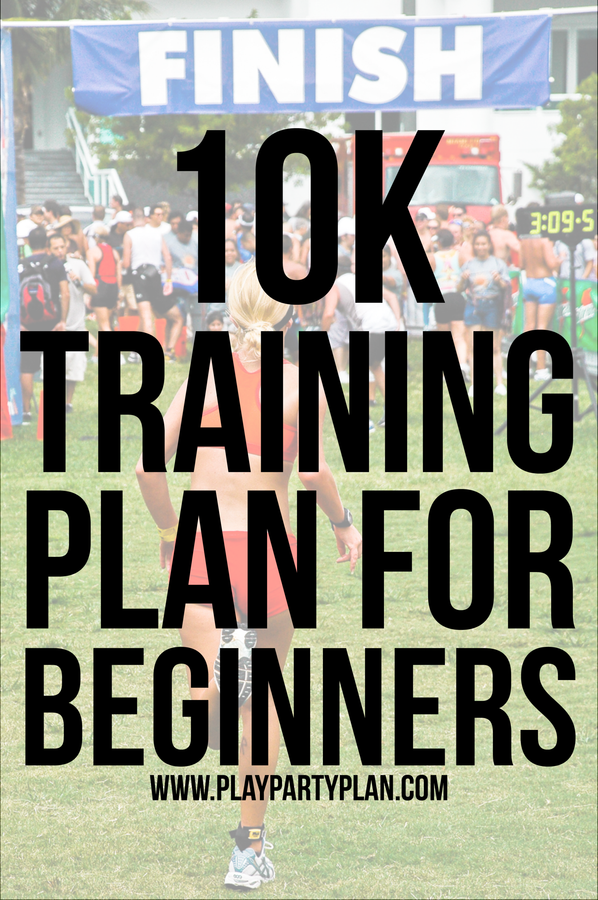 A free printable and editable 10K training schedule for beginners! This 10K training plan is perfect for someone who runs a little and wants to complete their first 10K! via @playpartyplan