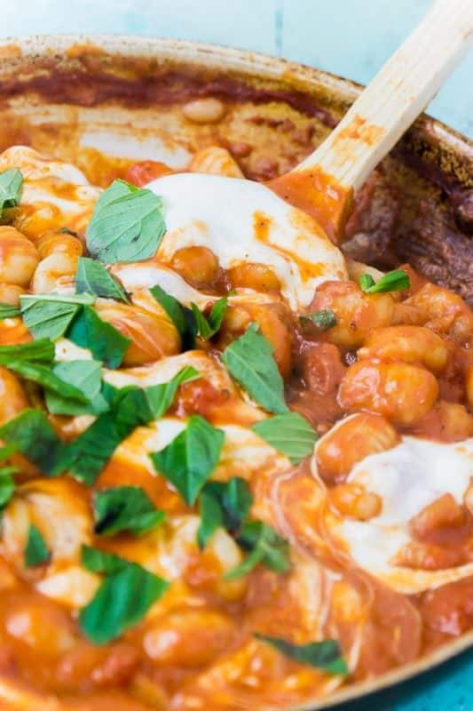Simple gnocchi recipe with tomato sauce