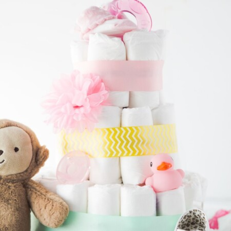 How to make a diaper cake in three easy steps