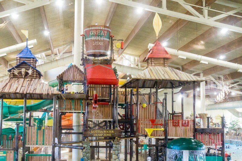 great wolf lodge grapevine has an 80000 square foot indoor waterpark