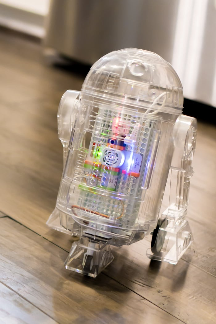 Use the force mode to control your littleBits Star Wars droid